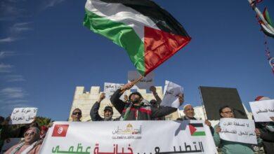 Photo of شاهد: غضب شعبي من قرار الإمارات تعليق إصدار تأشيرات للتونسيين