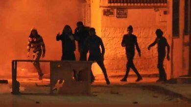 Photo of تجدّد المواجهات في سيدي حسين لليلة الثالثة على التوالي