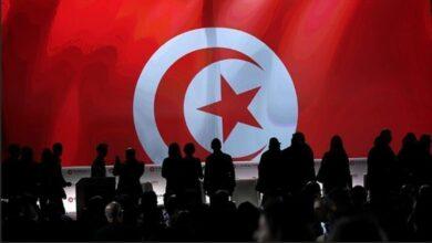"Photo of شاهد: الشعب التونسي يرفض ""هدية"" الامارات المسمومة لرئاسة الجمهورية"