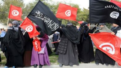 Photo of هيومن رايتس ووتش تنتقد إساءة تونس لنساء داعش العائدات إلى البلاد