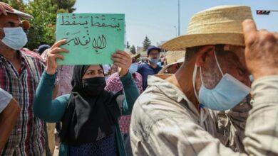 Photo of تونس على مفترق طرق وسط إجماع على رفض استبداد قيس سعيد