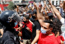 Photo of تنامي الضغط الشعبي في تونس لتغيير النظام السياسي والقانون الانتخابي